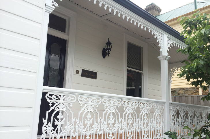 Painter in Hobart - Weatherboard Cottage